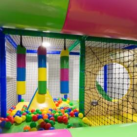 Detalle del Interior de la Zona de Juegos